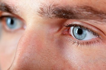 Avances oftalmológicos: Soluciones visuales al portador