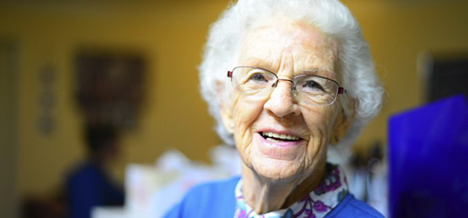 Al 2025 Chile tendrá 10 mil adultos centenarios