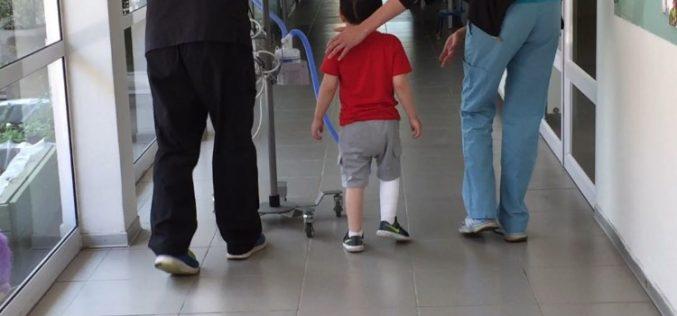 Aplican estrategias lúdicas y motivacionales en innovador test de marcha para niños con patologías respiratorias crónicas y complejas