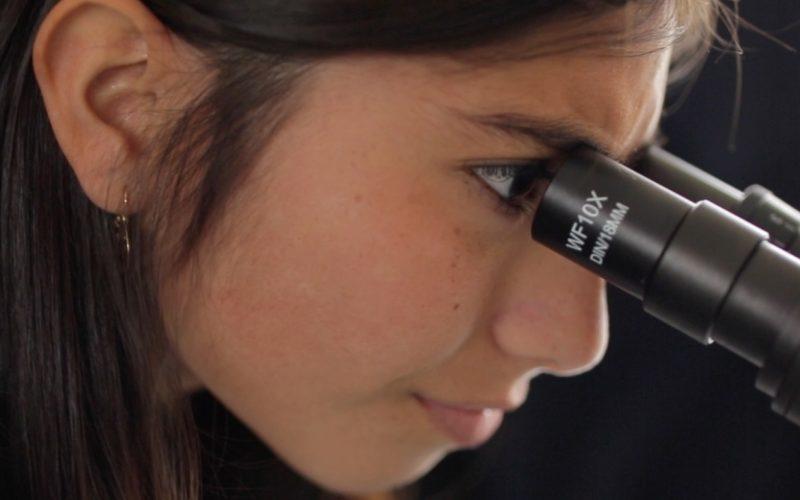 En el Día de la Mujer y la Niña en la Ciencia joven estudiante de ingeniería comparte su testimonio
