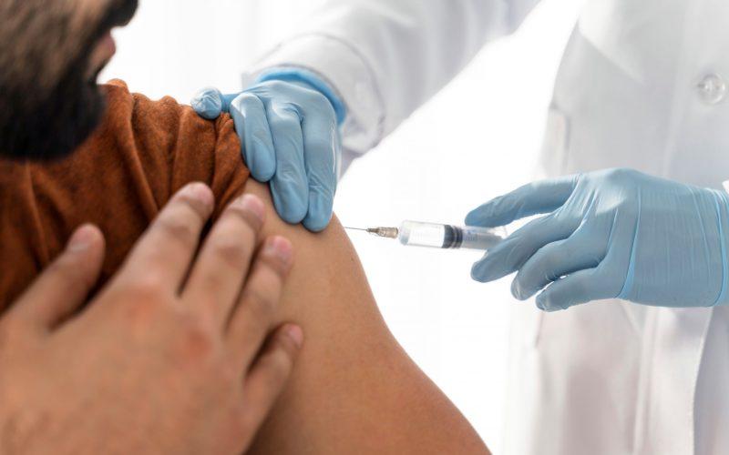 Recomiendan vacunación para SARS-CoV-2 de los pacientes con enfermedad inflamatoria intestinal en Chile